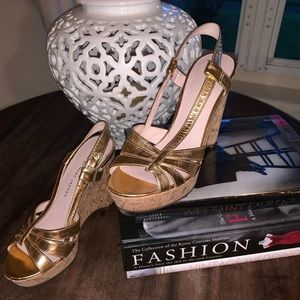 Gorgeous marc Jacobs wedges sandals